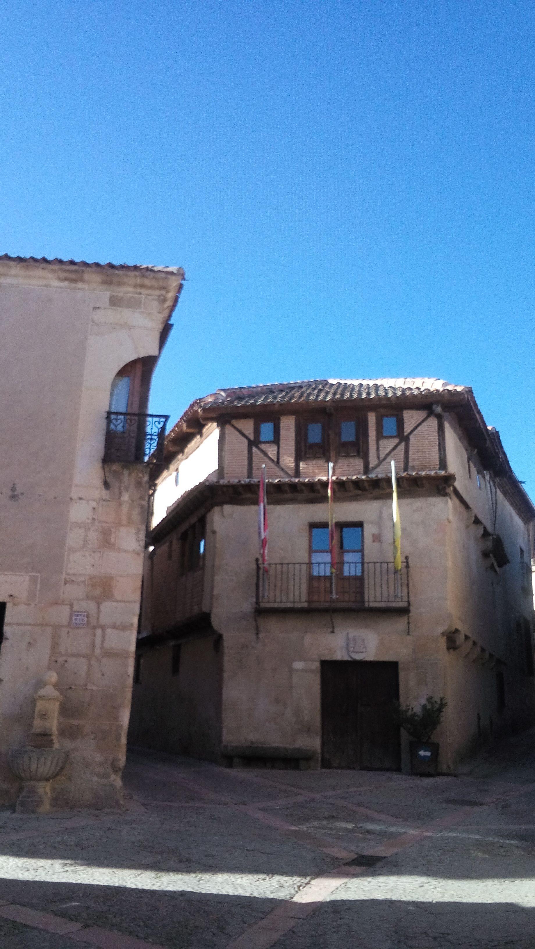 Visita la villa de pedraza visitas guiadas por segovia - La olma de pedraza ...