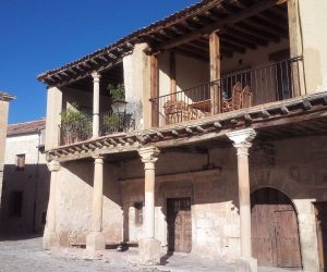 Visit the village of Pedraza